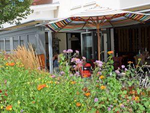 Gastraum-Wintergarten, Bäckerei & Leckerei Schmid in Raubling