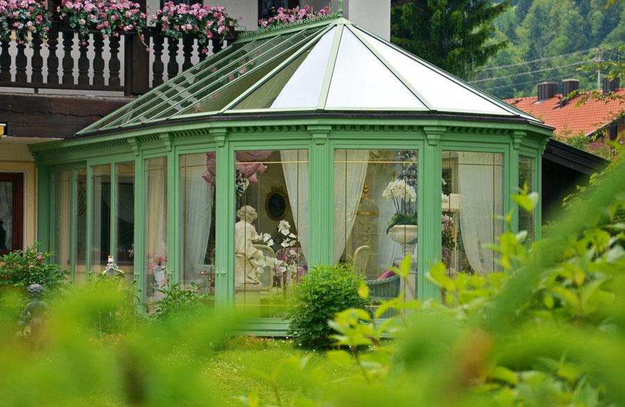 Englisch-viktorianischer Wintergarten im Tergernseer Tal