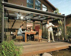 Kalt-Wintergarten mit Glas-Schiebetüren